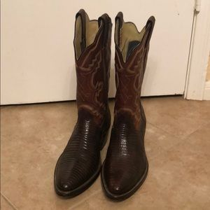 Custom made lizard cowboy western boots